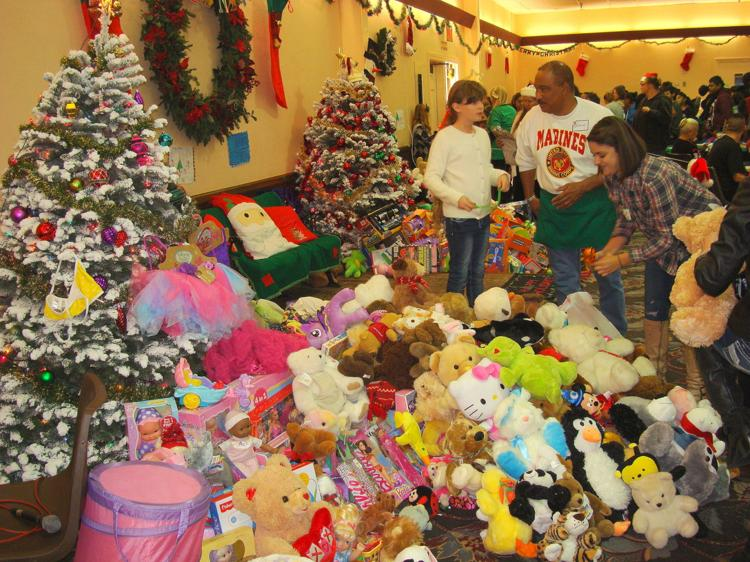 Free Christmas Dinners In Monterey County 2020 Free Christmas Dinner at The Monterey Fairgrounds | Arts