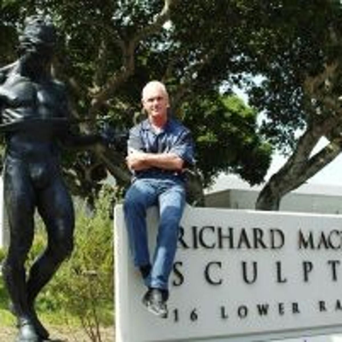 Sculptor Richard Macdonald Forges Art From Life Local News Montereycountyweekly Com