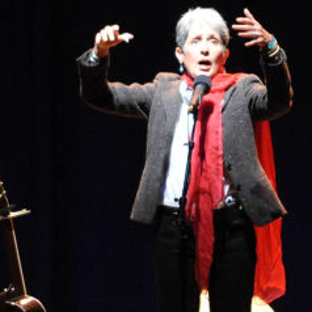 Folk Legend Joan Baez Returns To Big Sur For Esalen S 50th Anniversary Celebration Music Montereycountyweekly Com