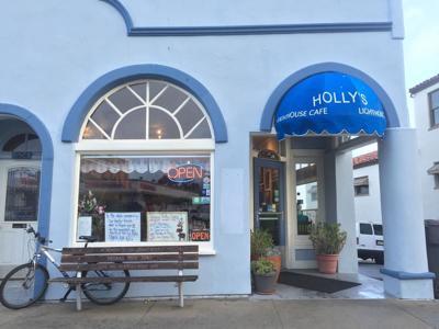 Holly's Lighthouse Cafe