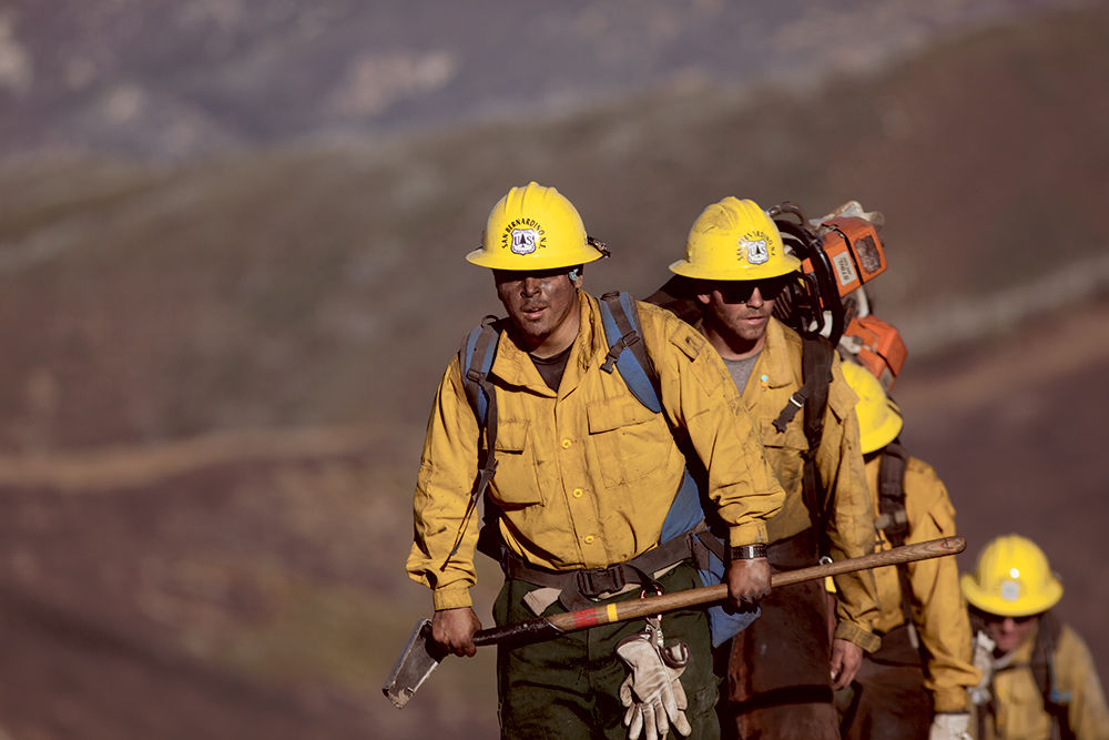 U S Forest Service Firefighters Walk Out Of The Active Burning Area Near Chews Ridge In The Los Padres National Forest On Sept 24 2016