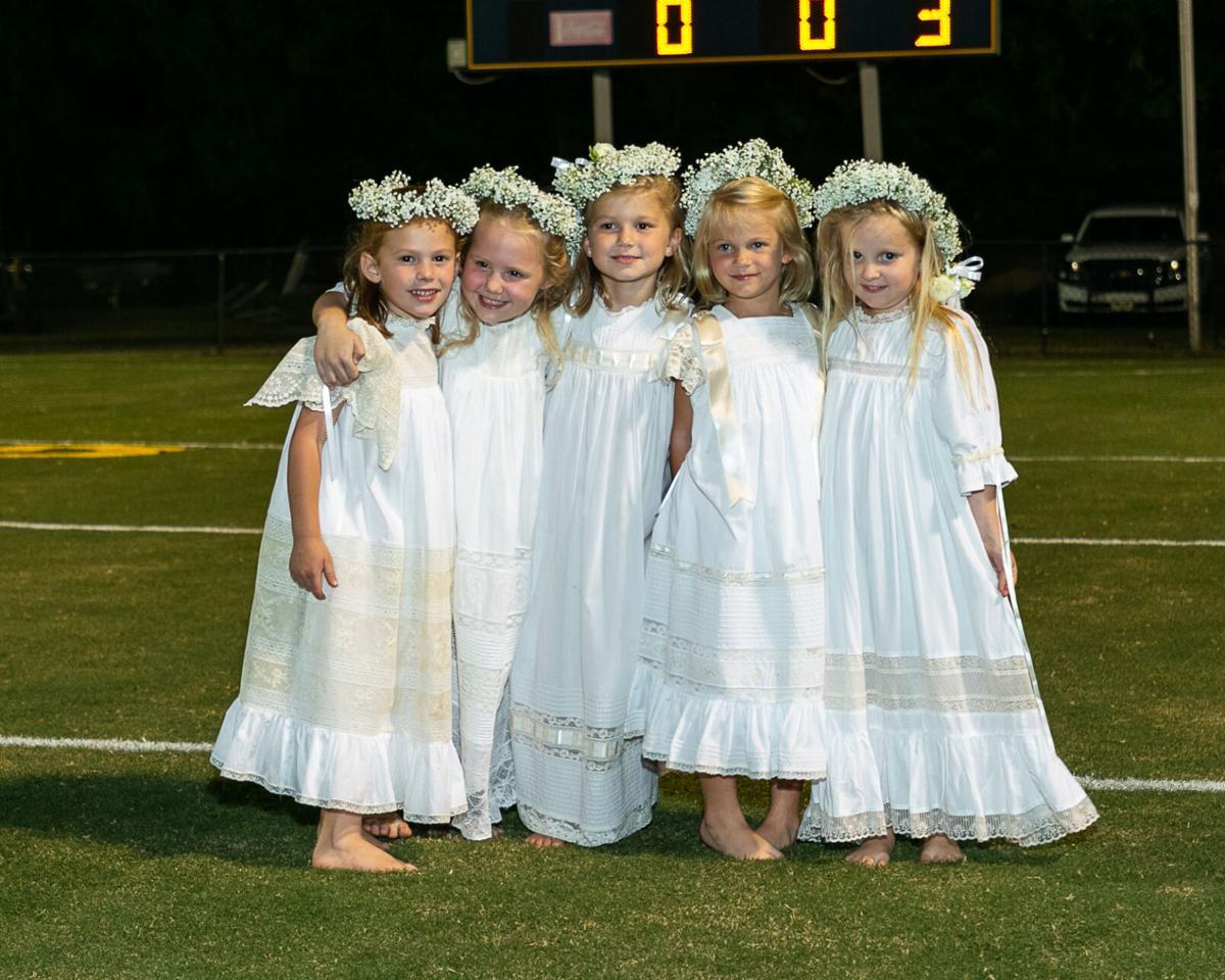 Saint James School celebrates Homecoming 2020 - crownbearers