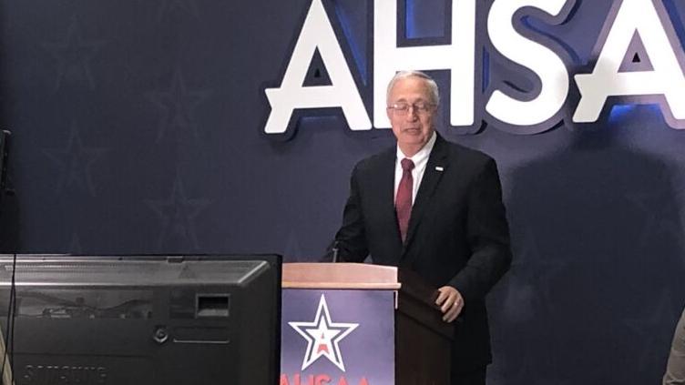 AHSAA executive director Steve Savarese announces retirement