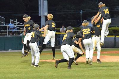 Generals beat the odds, Edgewood to win AA championship