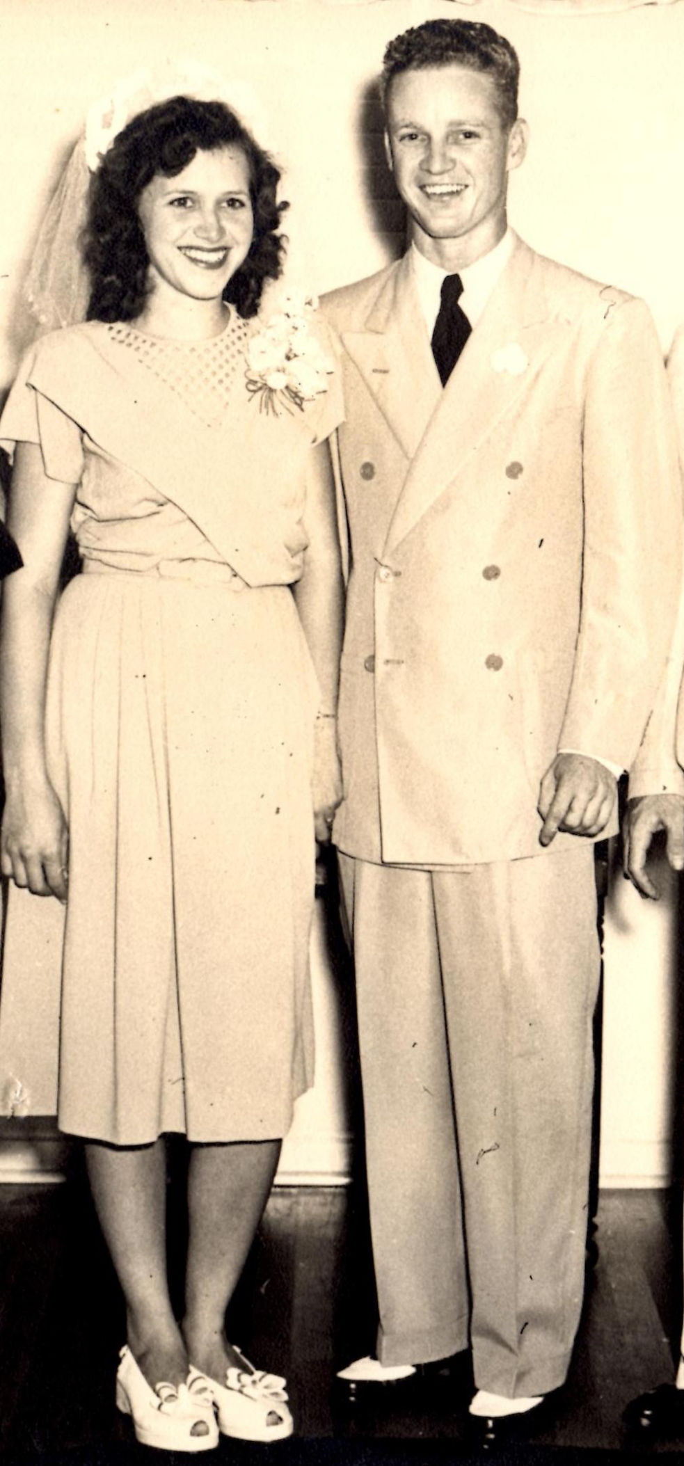 DNA test leads sisters to meet 70 years later