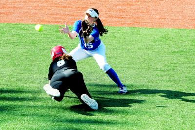 Mooresville-Olympic softball