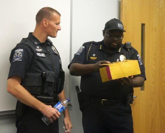 messages of thanks empowerment group shares food and feel good sentiments with mooresville police officers