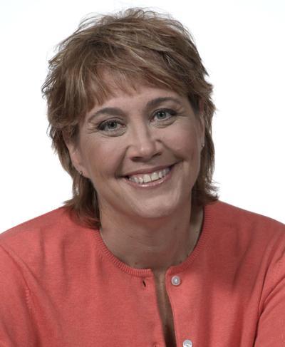 Current Melinda Myers photo 1.jpg