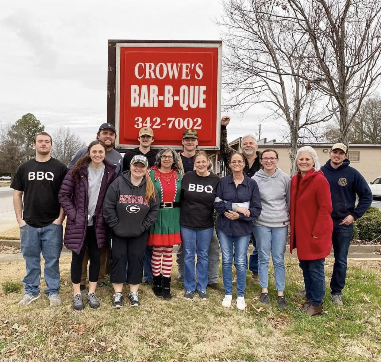 Crowe's BBQ Owners and employees