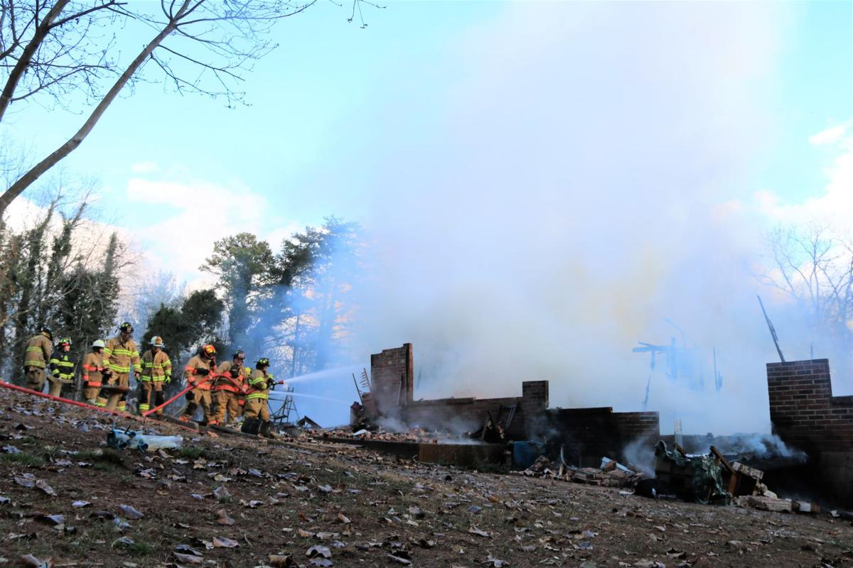 Lakeview Acres fire 120518 (13).JPG