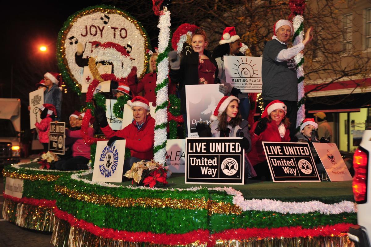 Valdese Christmas Parade Application 2021 Photos Morganton 2017 Christmas Parade Gallery Morganton Com