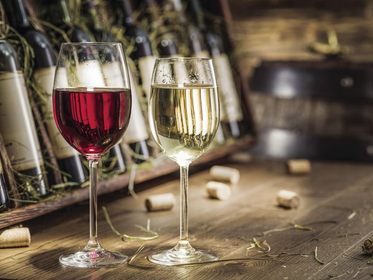 wine glasses.TIF