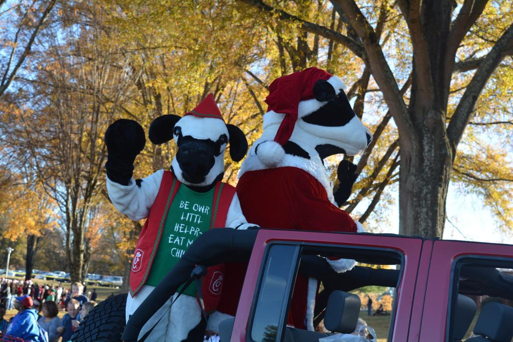 J  Iverson Riddle Christmas Parade 2016 | Gallery