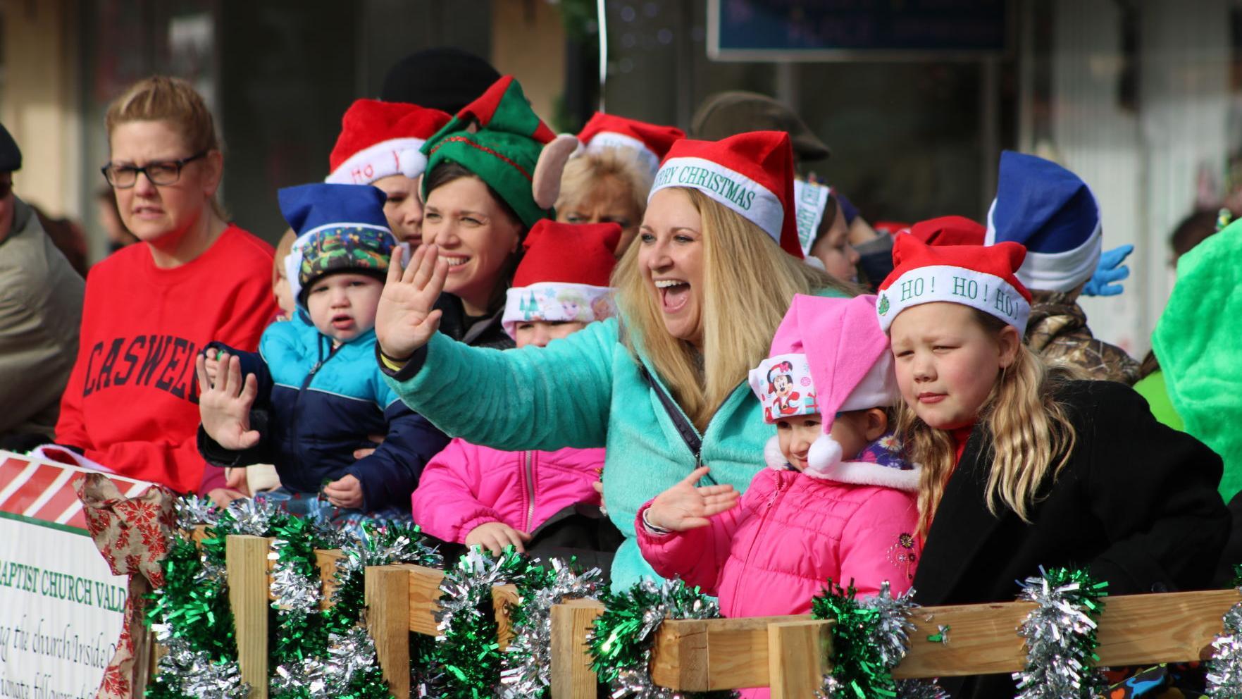 Valdese Christmas Parade Application 2021 Christmas Parades Around The County Set Local News Morganton Com