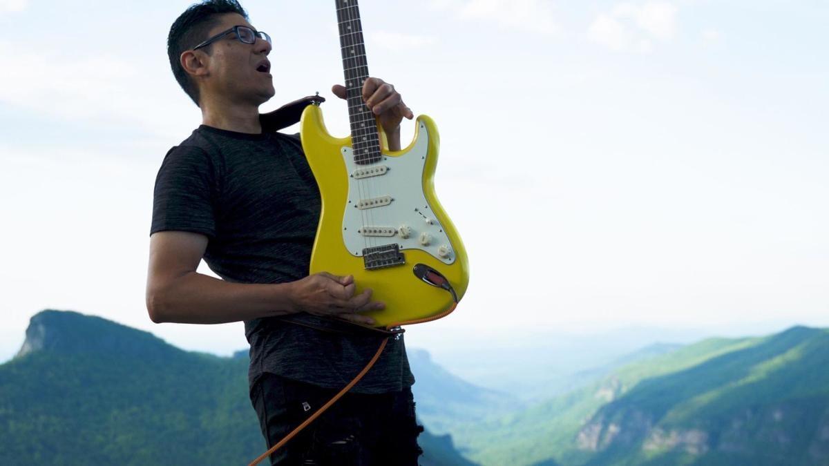 Watch Now Local Musician Records Stirring Banner Rendition Atop Mountain Education Morganton Com