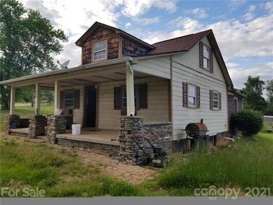 3 Bedroom Home in Lenoir - $90,000