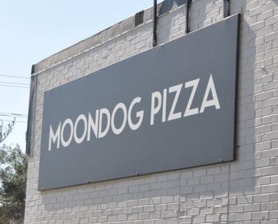 20191006_mnh_news_MoondogPizza_p1