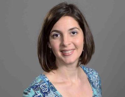 Laura Roach headshot