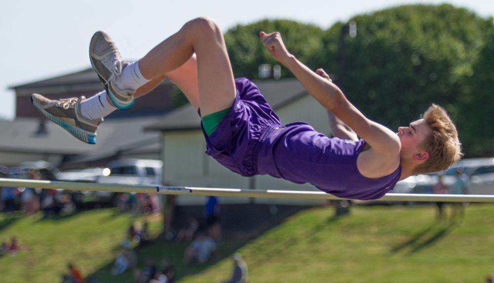 051321-mnh-sports-ms-track-champs-p1