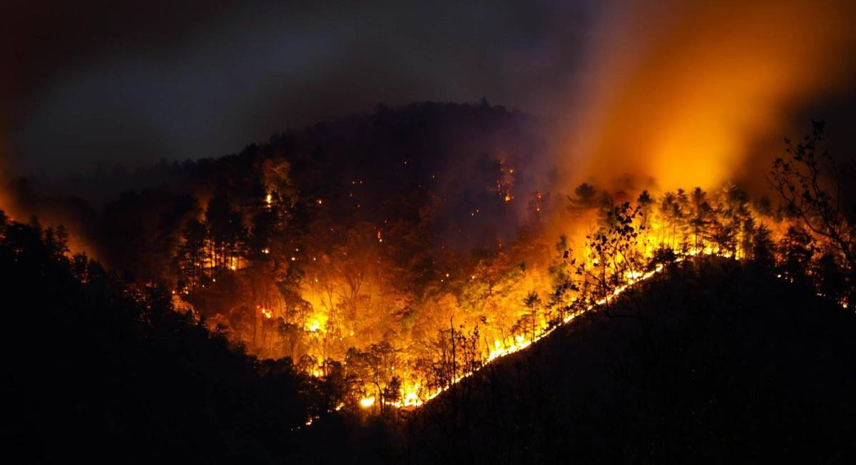 South Mountains Fire Grows Again Now Beyond Park Boundary