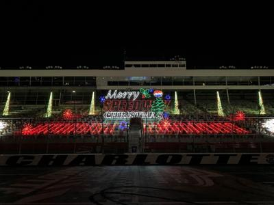 112220-mnh-features-speedwaychristmas-p1