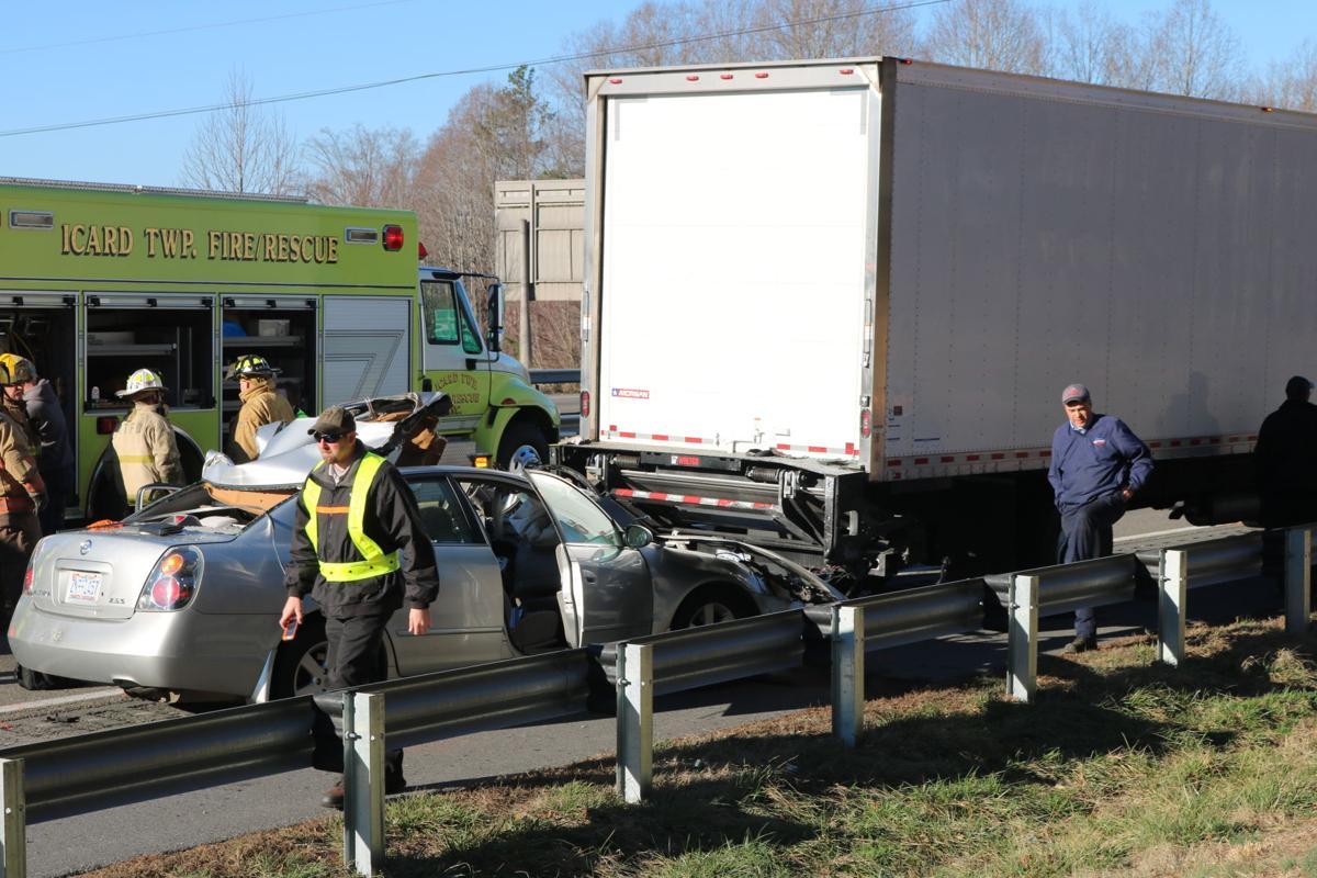 wreck I-40 118 fatality (10).JPG