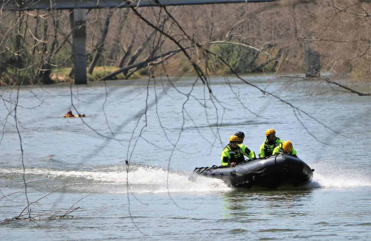 Floodwater training 040219 (42).JPG