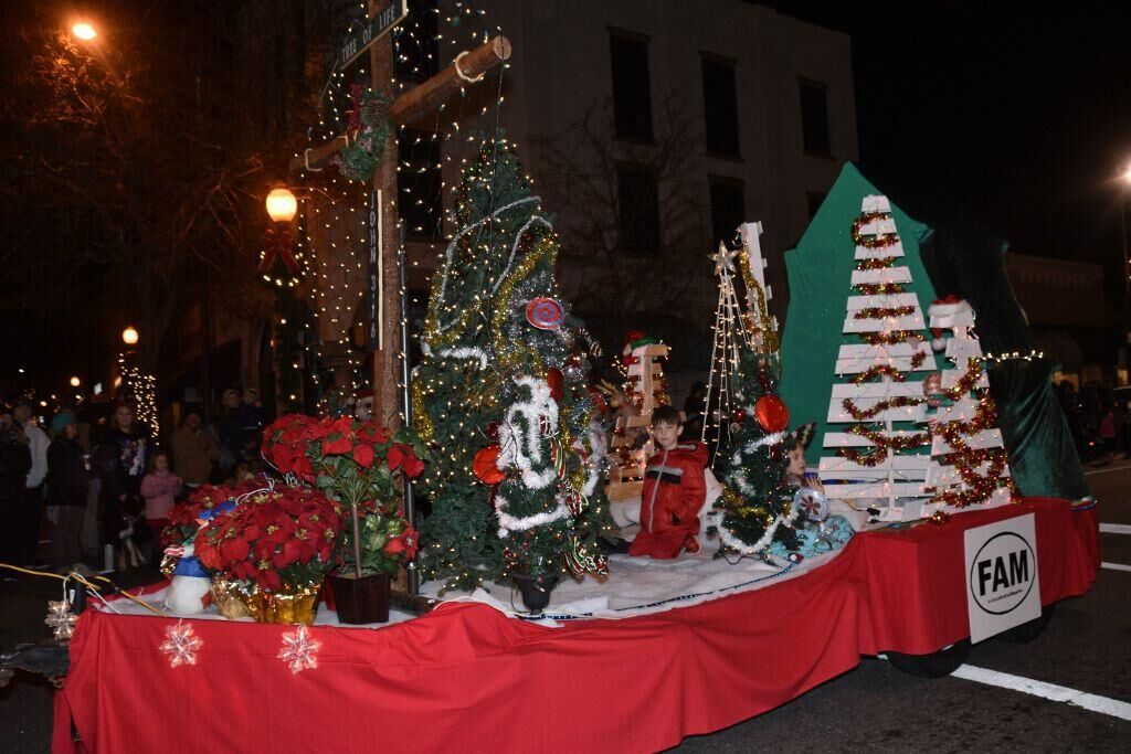 Morganton 2019 Christmas parade photo