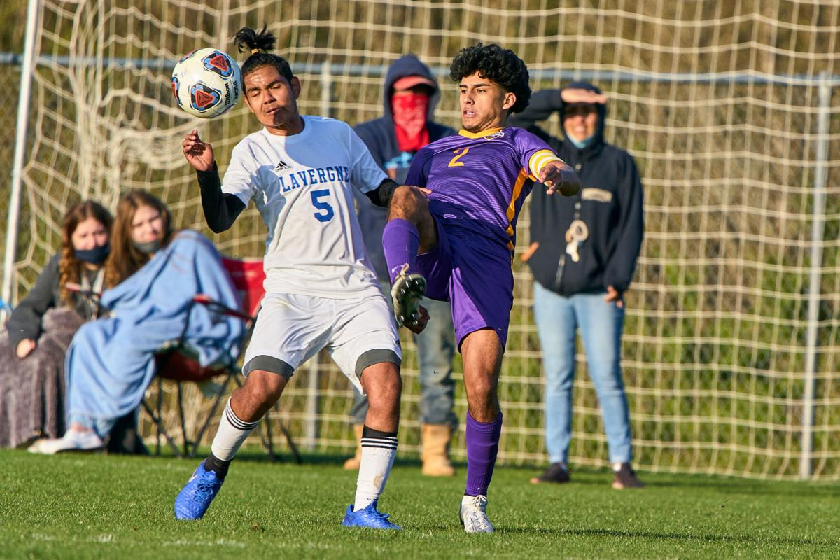 La Vergne soccer team shuts out Smyrna 4-0