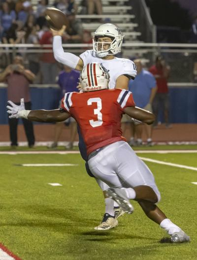 Oakland continues dominance with 69-16 win over Siegel
