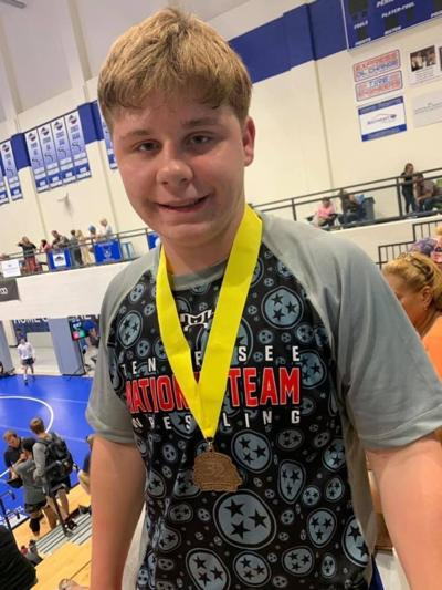 Siegel freshman wrestler Todd qualifies for Super 32 Challenge