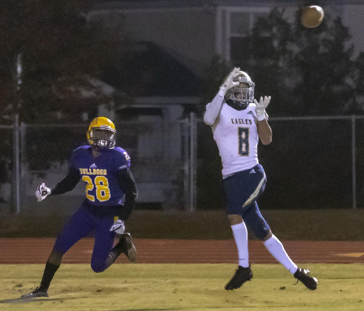 Independence ousts Smyrna with 28-10 road victory