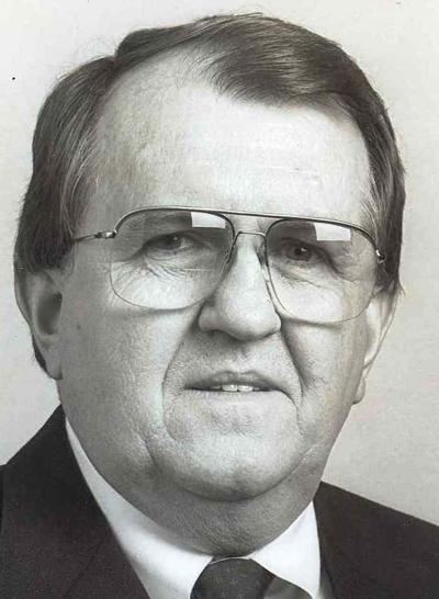 "Robert Richard ""Bob"" Luster, Sr."