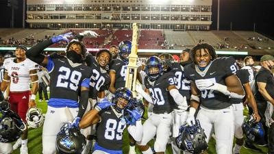 MTSU avenges early-season loss with 20-17 road victory at Troy
