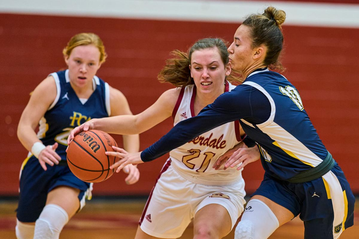 Hayes' hits late free throws lift Riverdale girls past PCA
