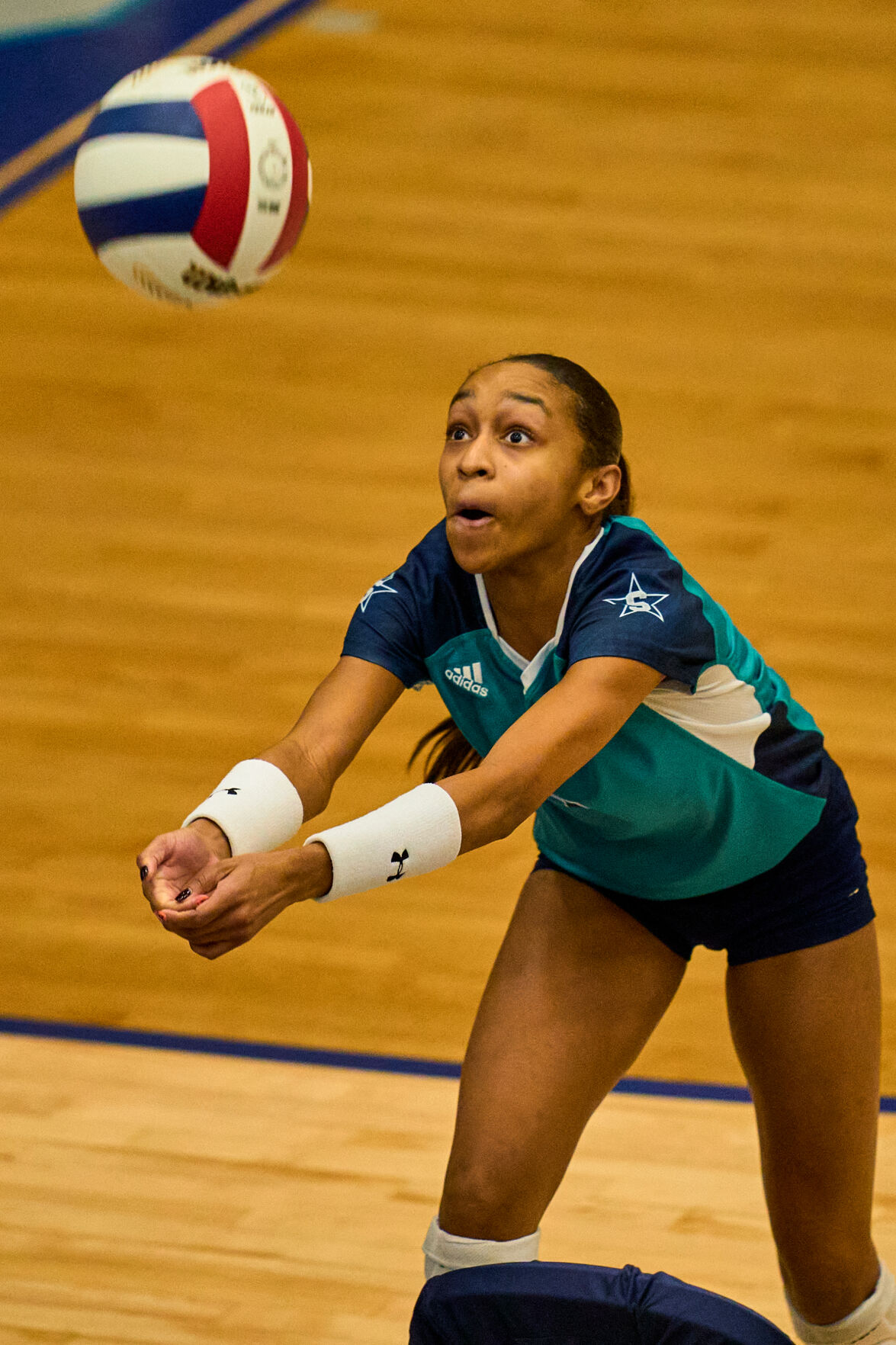 Siegel volleyball stays alive with win over Station Camp