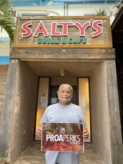 Salty's Grill and Cafe