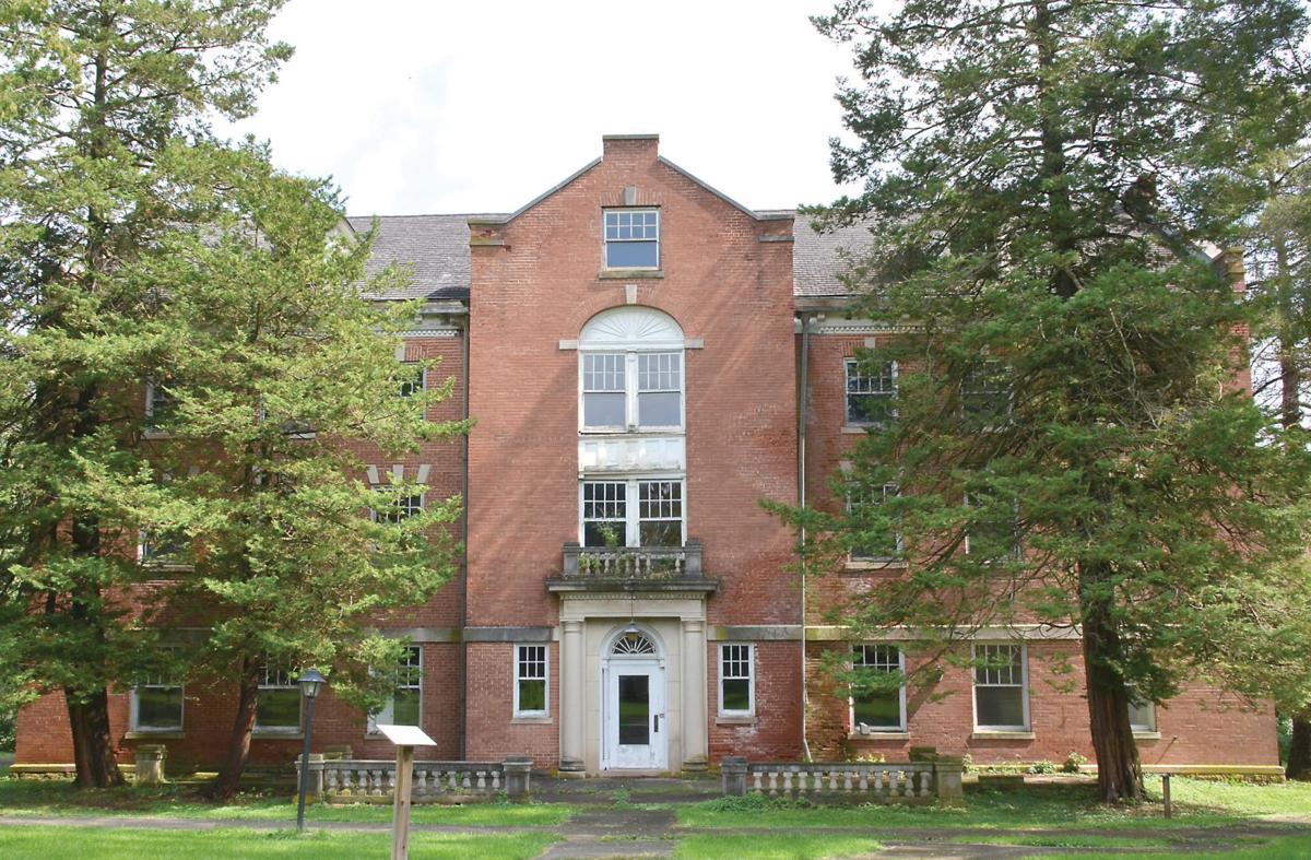 Tax credit program helps Shimer Square- Bennett Hall