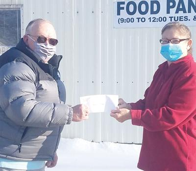 CC Democrats donate to Food Pantry