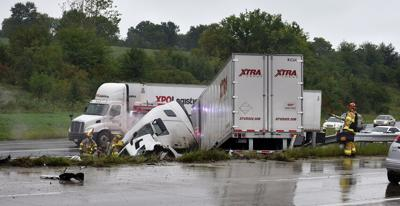 Semi crash shuts down Interstate 35  near Liberty Hospital