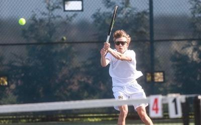 Eagles boys tennis defeats Lee's Summit West in dual