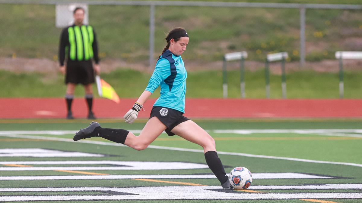 Smithville and Kearney Girls Soccer.jpg