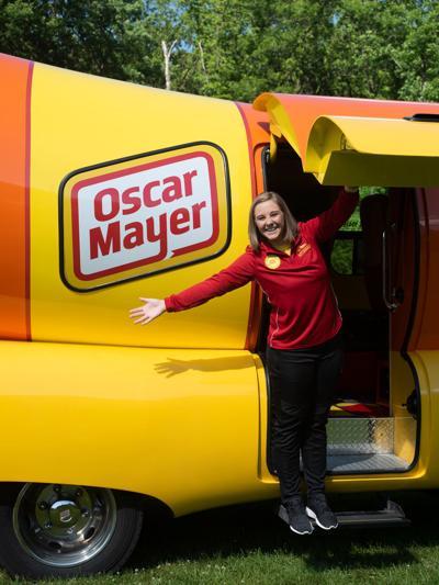 Mac 'N Cheese Mikayla takes wienie on the road