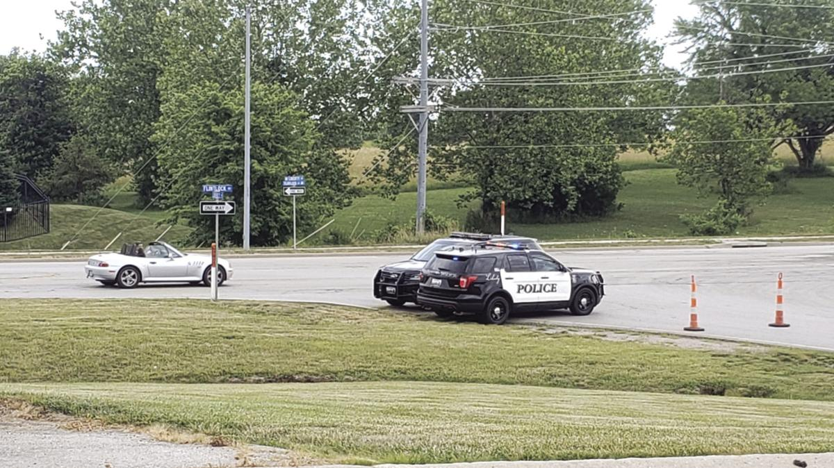 Deputies aiding Pleasant Valley PD with possible standoff
