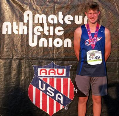 Zach Grace takes runner-up in discus at AAU nationals