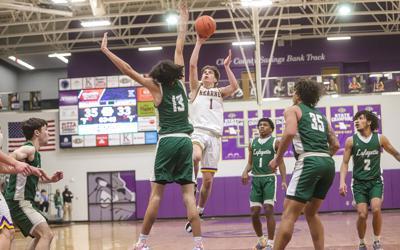 Kearney boys hoops get revenge against Lafayette, advance to district finals