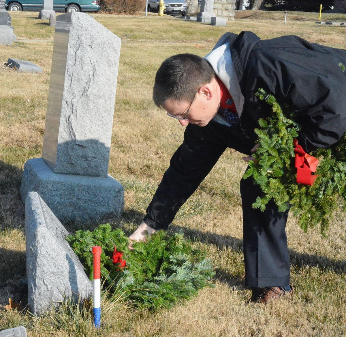 Wreaths coming to Liberty, Smithville in December