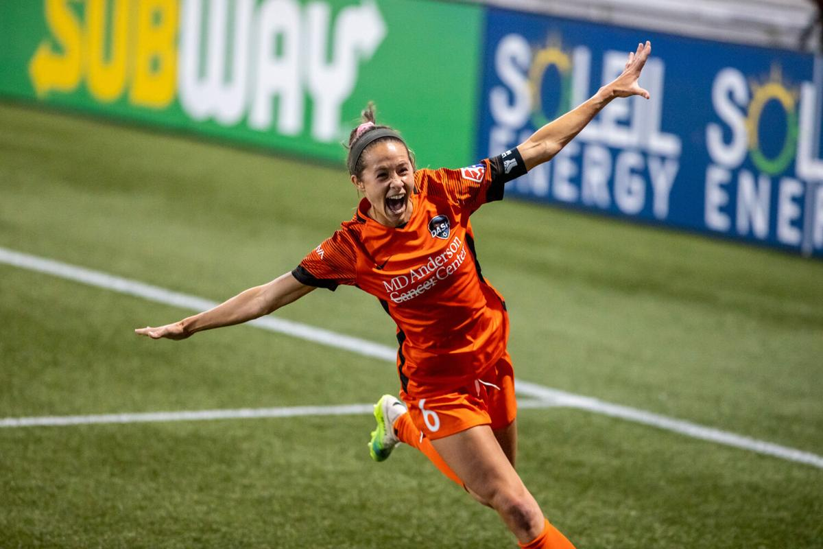 Liberty's Groom scores championship-clinching goal for Houston