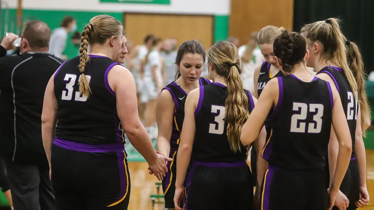 Kearney girls basketball against Smithville in District Finals-2.jpg