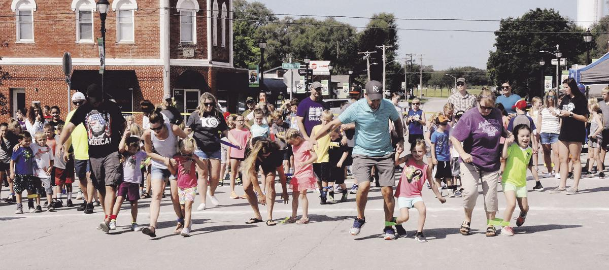 Old-fashioned fun brings families to Kearney